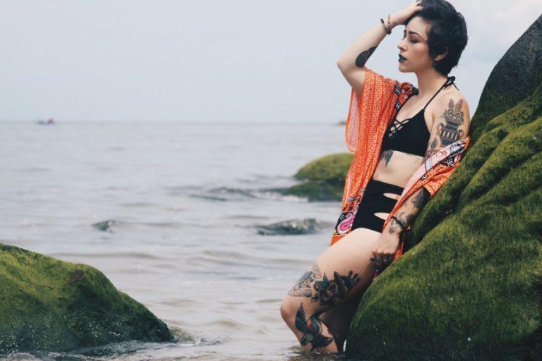 Cut Out Bikini: Der Trend des Jahres