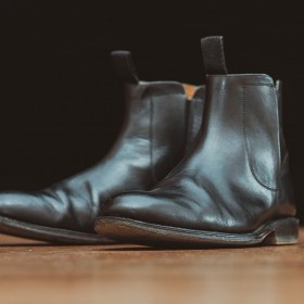 Wie trägt man Chelsea Boots