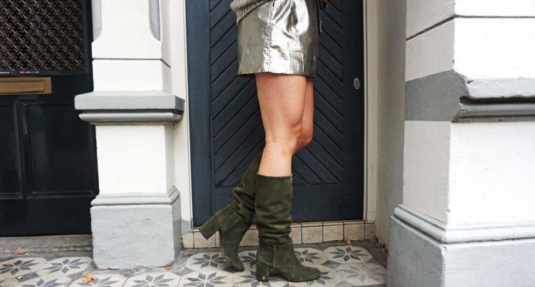 Kleid mit Stiefel