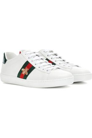 Gucci Damen Sneakers - Verzierte Sneakers Ace aus Leder