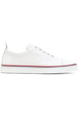 Thom Browne Sneakers mit rot-blauen Zierstreifen