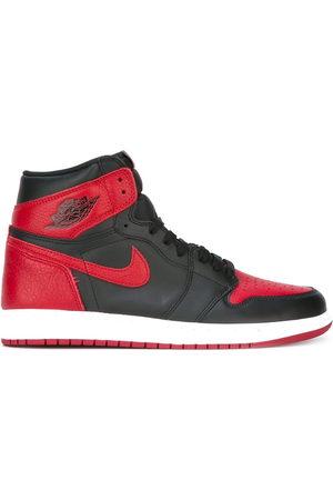 Nike Air Jordan 1 Retro High OG Banned' Sneakers