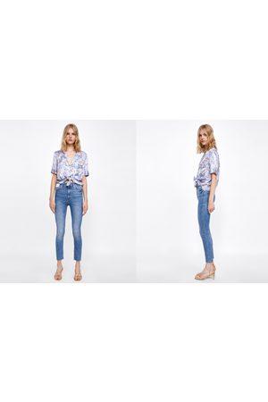 Zara HIGH-WAIST-JEANS IN BROOME BLUE