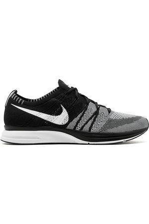 Nike Flyknit' Sneakers