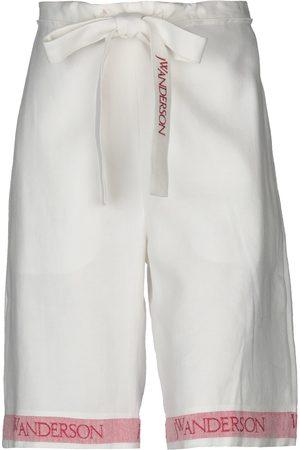 J.W.Anderson Damen Shorts - HOSEN - Bermudashorts - on YOOX.com