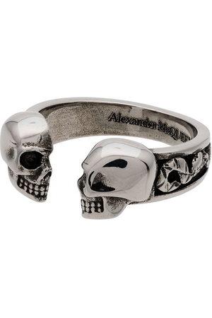 Alexander McQueen Ring mit Totenkopf - Metallisch