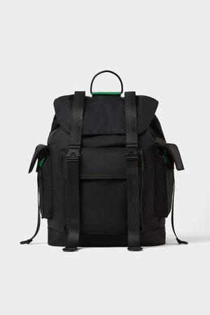 Zara Herren Rucksäcke - Schwarzer rucksack mit zahlreichen taschen
