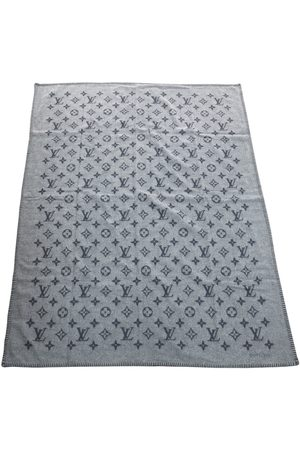 LOUIS VUITTON Wool textiles
