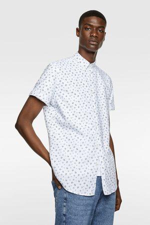 Zara Oxfordhemd mit blumenmuster