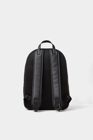 Zara Kleines rucksack-accessoire