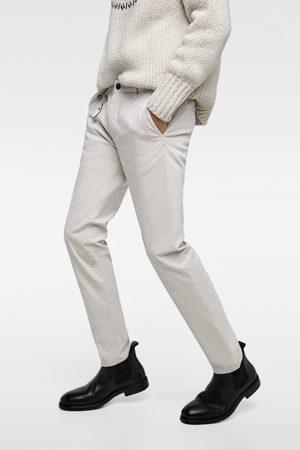 Zara Chinohose im new-skinny-fit