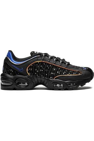 Nike X Supreme 'Air Max Tailwind 4' Sneakers