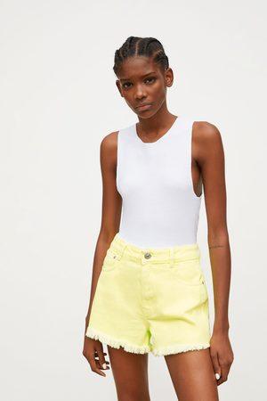 Zara Damen High Waisted - Mid-rise-jeansshorts in neongelb