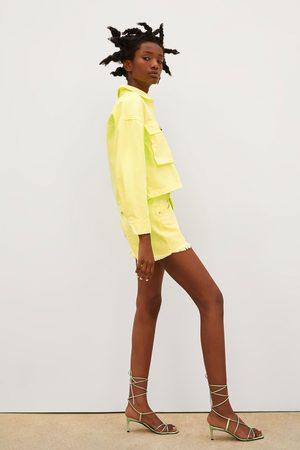 Zara Mid-rise-jeansshorts in neongelb