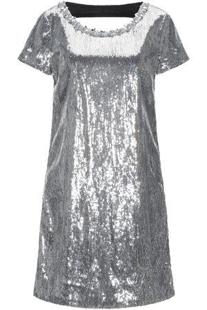 Blugirl Damen Kurze Hosen - KLEIDER - Kurze Kleider - on YOOX.com