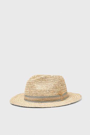 Zara Hut mit abgesetztem band