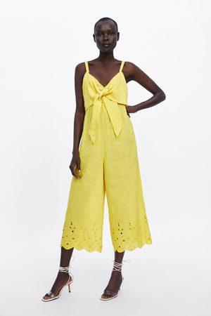 Zara Overall mit knoten und stickerei