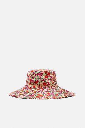 Zara Hut mit print
