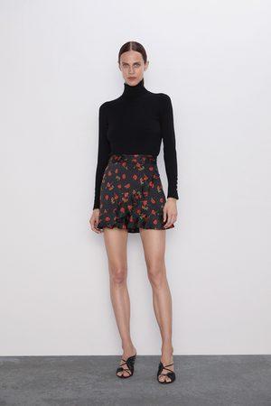 Zara Damen Shorts - Shorts mit print und volants
