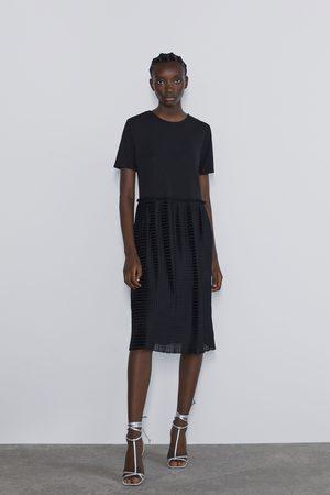 Zara Kombiniertes plissée-kleid