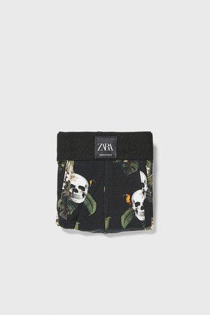 Zara Boxershorts mit totenkopfprint