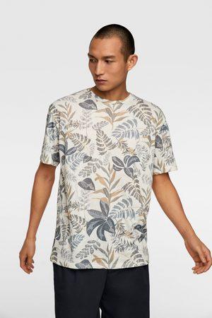 Zara Herren Shirts - T-shirt mit blumenmuster
