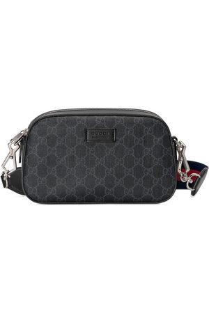 Gucci Schultertasche aus GG Supreme