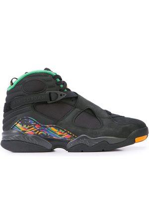Jordan Sneakers mit Schnürung