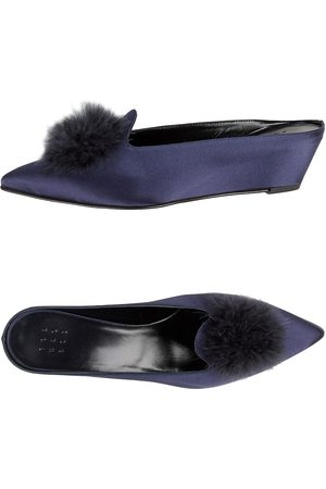 Trademark SCHUHE - Mules & Clogs - on YOOX.com