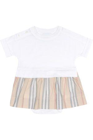 Burberry Baby Set aus Kleid und Höschen