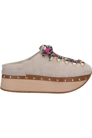 Hogan Damen Clogs & Pantoletten - SCHUHE - Mules & Clogs - on YOOX.com