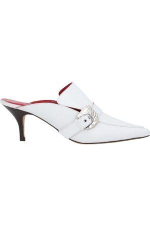 DORATEYMUR Damen Clogs & Pantoletten - SCHUHE - Mules & Clogs - on YOOX.com