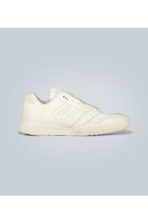 adidas Leder-Sneakers A.R. Trainer