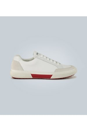 Prada Sneakers aus Veloursleder und Nylon