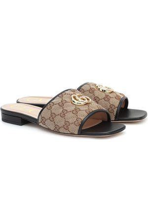 Gucci Pantoletten aus Canvas und Leder