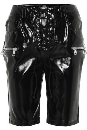 UNRAVEL Shorts aus Latex