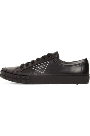 Prada Logo Print Leather Low Sneakers