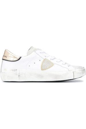 Philippe model Sneakers mit Kroko-Effekt