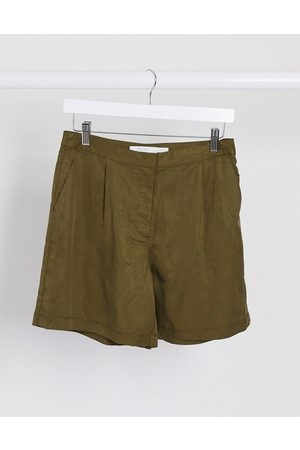 Vila Shorts in