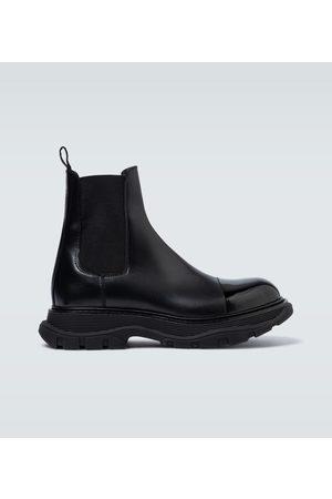 Alexander McQueen Lederstiefel mit breiter Sohle