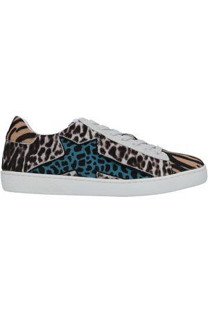 Lola Cruz Damen Sneakers - SCHUHE - Sneakers - on YOOX.com