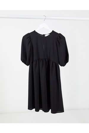 ASOS Kurzärmliges Mini-Hängerkleid in