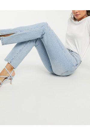 Missguided Damen Straight - Gerade geschnittene Jeans mit hohem Bund und seitlichen Schlitzen in