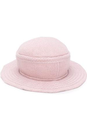 Barrie Curved peak hat