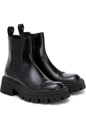 Balenciaga Chelsea Boots Tractor aus Leder