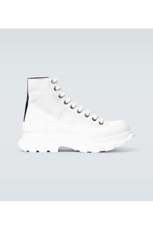 Alexander McQueen Sneakers Tread Slick aus Veloursleder