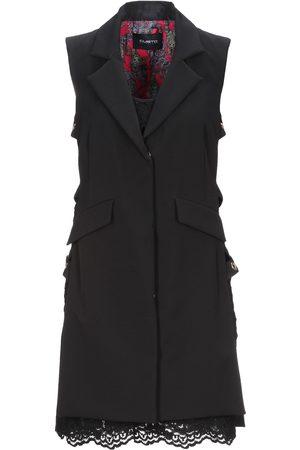 Custo Barcelona Damen Kurze Hosen - KLEIDER - Kurze Kleider - on YOOX.com
