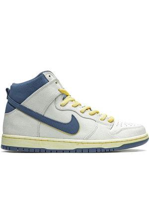 Nike SB Dunk High Pro sneakers
