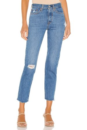 Levi's Wedgie Icon. Size 24, 25, 26, 27, 28, 29, 30, 31, 32.