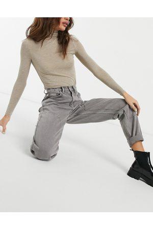 ASOS Hoch geschnittene Utility-Jeans mit aufgenähten Details in Grape